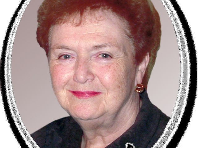 Mom_BW_Obit_Oval_05